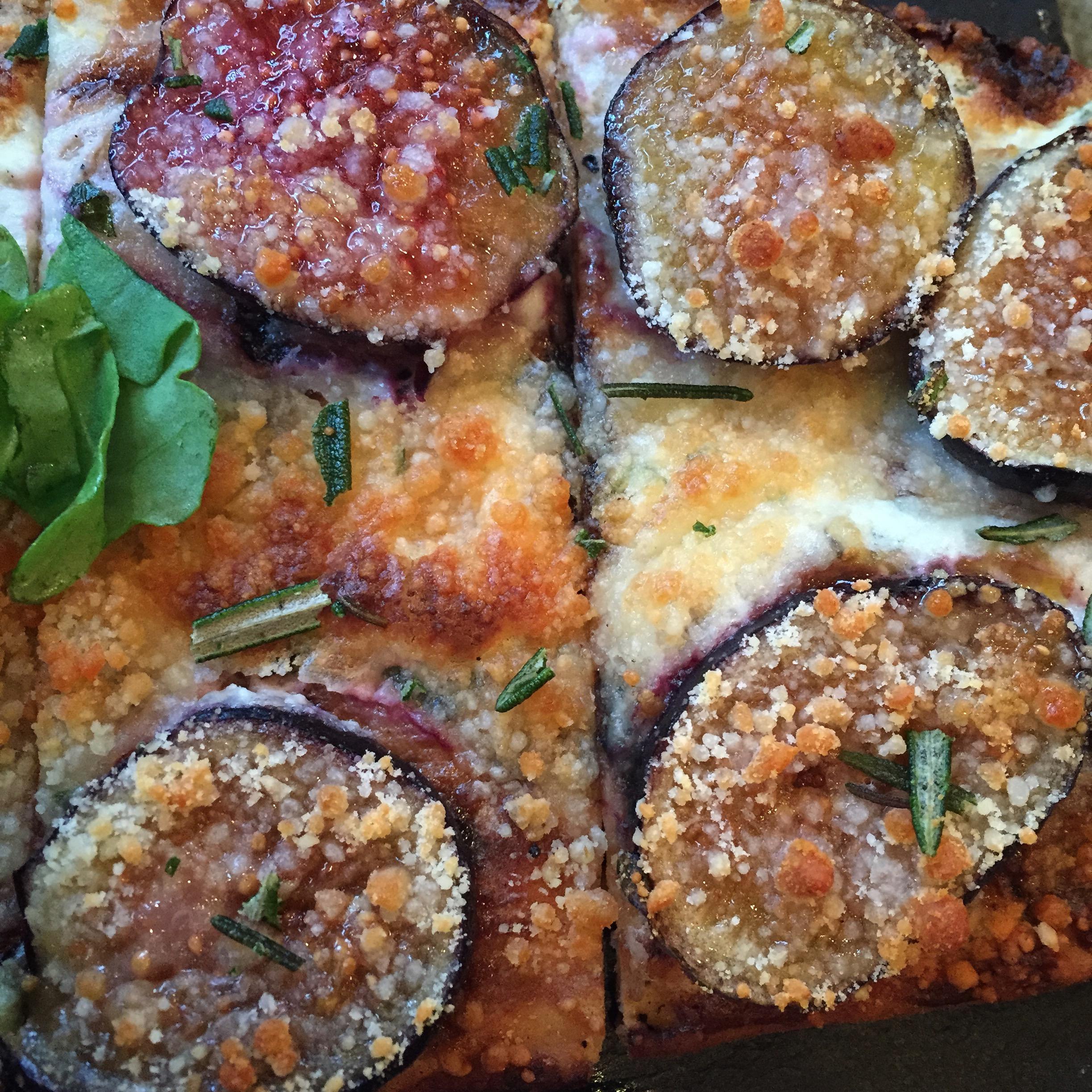 fig flatbread